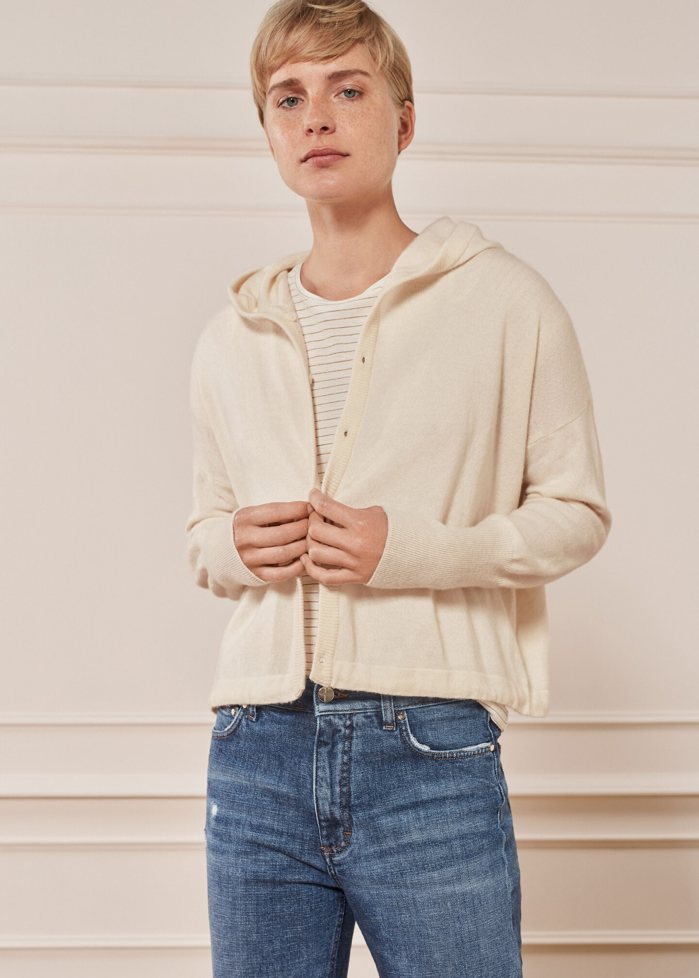 Cashmere Box Hoody Cream